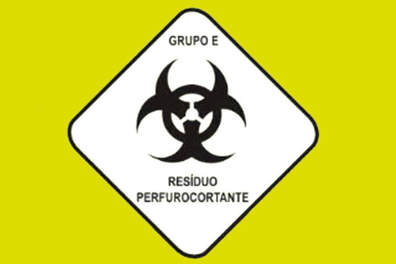 Plano de Gerenciamento de Resíduo Hospitalar São Carlos - Plano de Gerenciamento de Resíduos de Laboratório