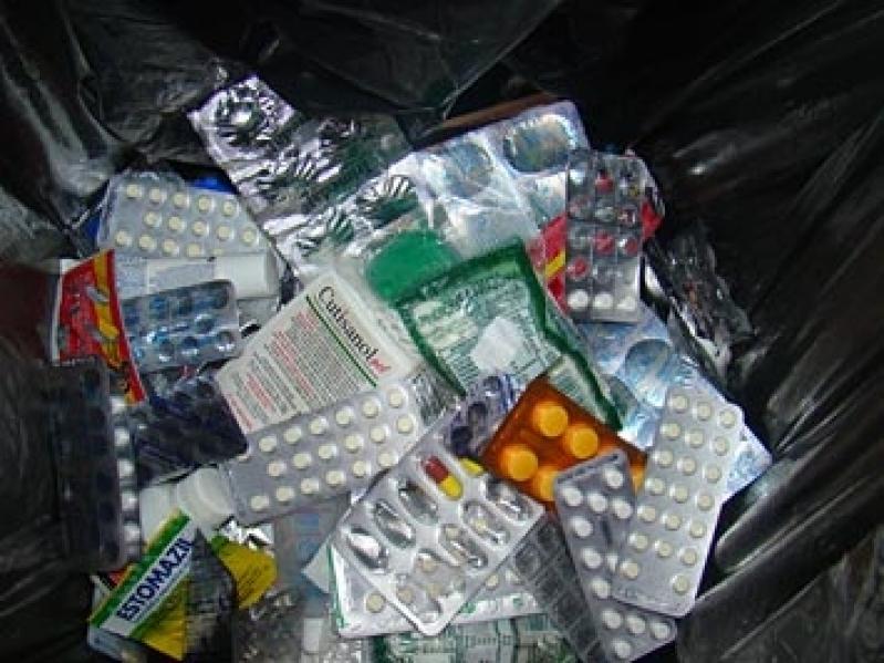 Plano de Gerenciamento de Resíduos Farmácia Jardim Iguatemi - Plano de Gerenciamento de Resíduos Químicos