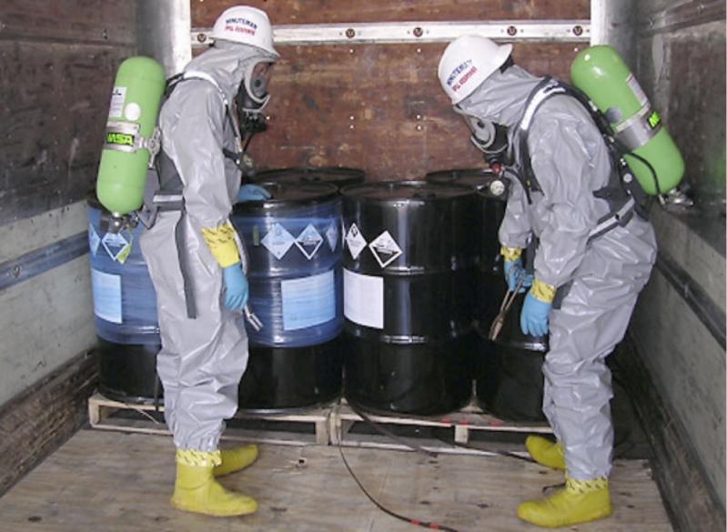 Plano de Gerenciamento de Resíduos Químicos Vale do Paraíba - Plano de Gerenciamento de Resíduos Perigosos