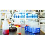 coleta de resíduos de laboratório